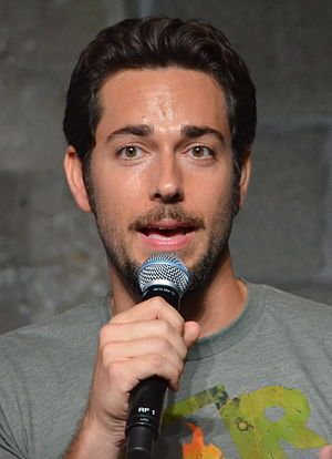 I See the Light - Image: Zachary Levi Comic Con 2012