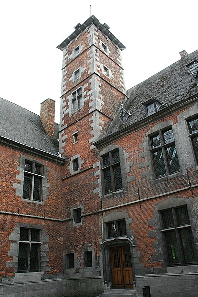 Écaussinnes-d'Enghien  (Belgium), tower of the internal court in the « la Follie » castle (XVIth century).