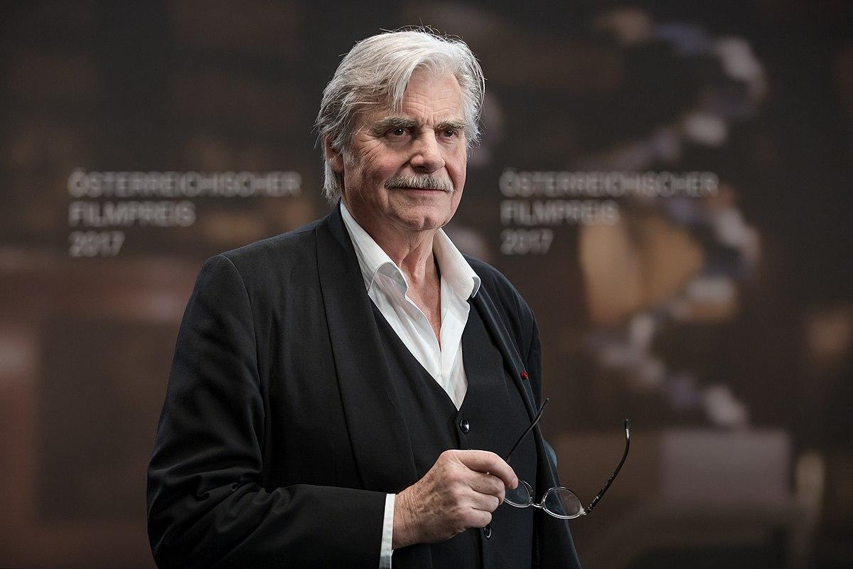 Peter Simonischek - Wikipedia