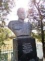 Бюст на Могилі Зайковського М.В., Добрянка.jpg