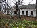 Один из корпусов больницы в деревне Бегичево Тульской области.jpg