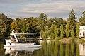 Парк Софіївка, осінній краєвид, Верхній став та острів Кохання.jpg
