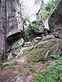 Скельно-печерний комплекс - скелі Довбуша (1).jpg