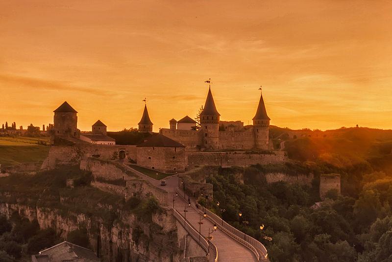 При заході сонця. Автор фото — Sak Anastasiya, ліцензія CC-BY-SA-4.0 (ВЛП-2014)
