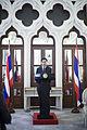 คณะเยาวชนไทยทำดี นักเรียน คณะครู และพระวิทยากร เข้าพบเ - Flickr - Abhisit Vejjajiva (7).jpg