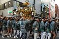 オレンジ通りを行く御輿 - panoramio.jpg