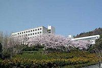 大阪青山大学箕面キャンパス(春).jpg