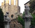 038 Escultures de l'escola Collaso i Gil, c. Sant Pau.jpg