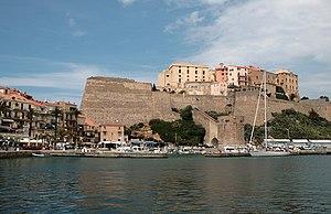 0 Calvi - Port et citadelle (1).JPG
