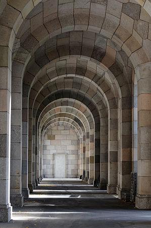 12-10-13-kongreszhalle-nuernberg-by-RalfR-01.jpg