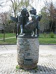 1220 Larwingasse 2 - Gänsebrunnen-Mittelteil von Mario Petrucci 1951 IMG 0213.jpg