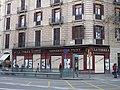 180 Gèneres de punt La Torre, rda. Sant Antoni 63 - pl. Universitat 4 (Barcelona).jpg