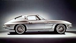 1963 Corvette Sting Ray.jpg