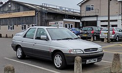 1993 Ford Orion 1.6 in silver.jpg