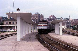 Burlington station (Iowa) - The California Zephyr at Burlington in 1995.