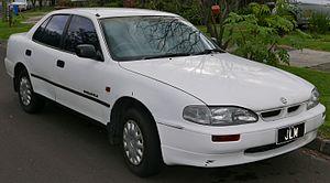 United Australian Automobile Industries - Image: 1995 Holden Apollo (JP) SLX sedan (2015 07 09) 01
