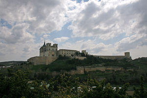 20070415 - Monasterio de Uclés - Vista desde el oeste.jpg