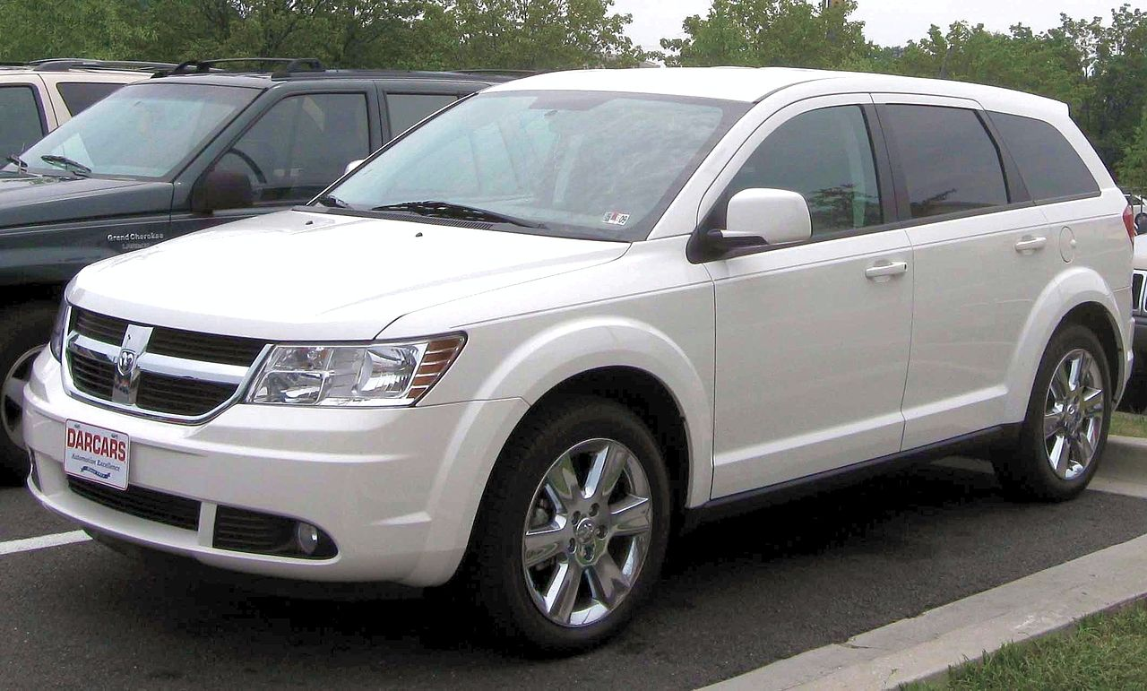File:2009 Dodge Journey SXT.jpg - Wikimedia Commons