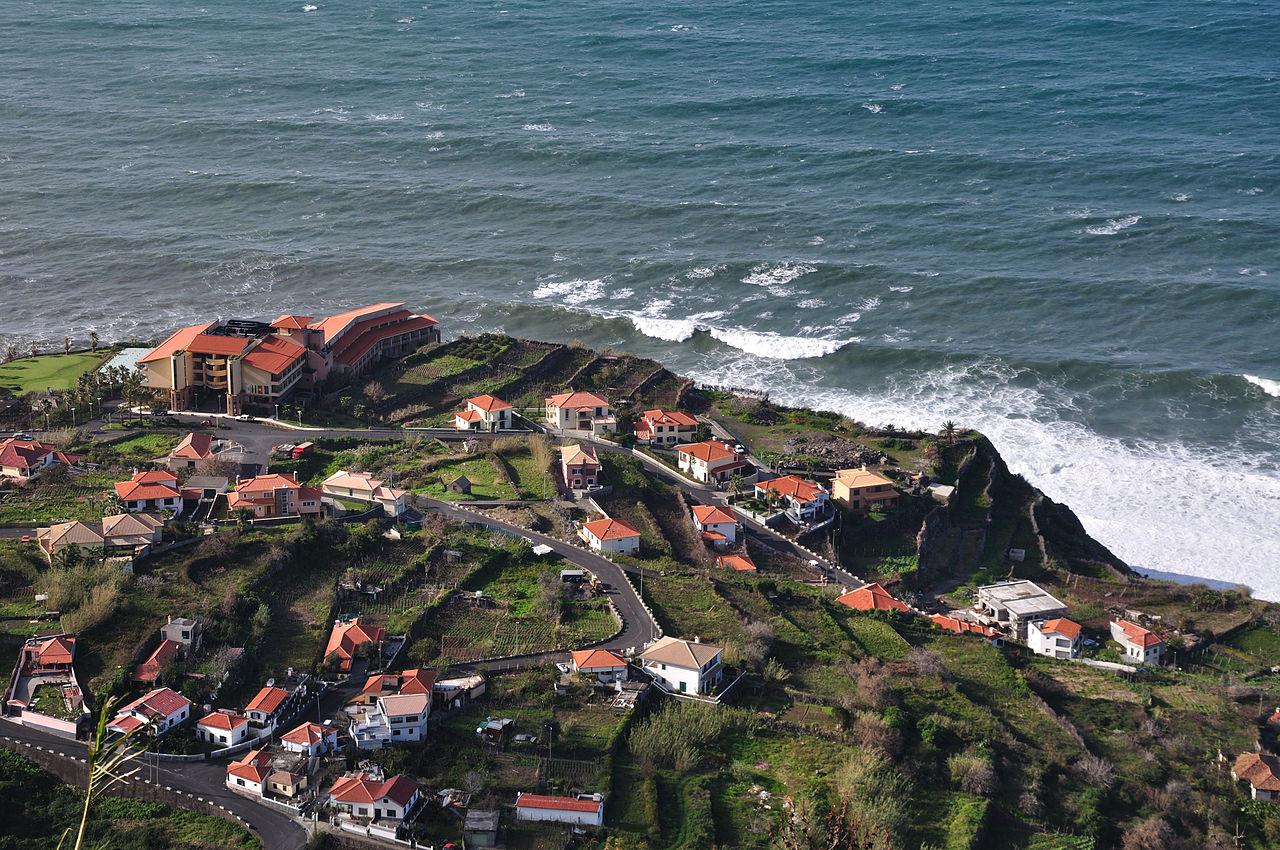 worldclock portugal ponta delgada azores