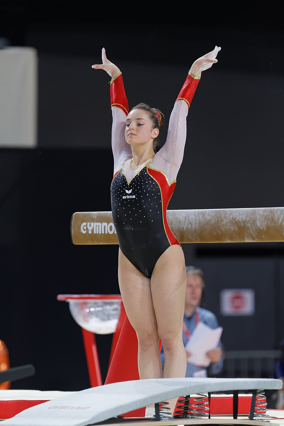 2015 European Artistic Gymnastics Championships - Balance beam - Pauline Schaefer 04