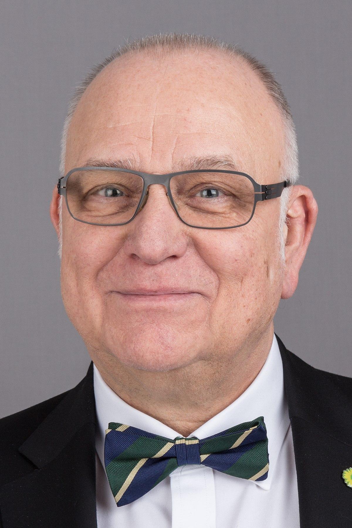 Frank peter kaufmann wikipedia for Kaufmann offenbach