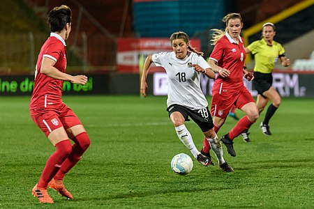 20180405 FIFA Women's World Cup Qualification AUT-SRB Feiersinger 850 6847.jpg