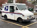 2020-10-28 11 11 39 Right-front side of a USPS Grumman LLV in Edison Township, Middlesex County, New Jersey.jpg