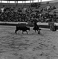 26.05.58 Conchita Moreno à cheval (1958).jpg