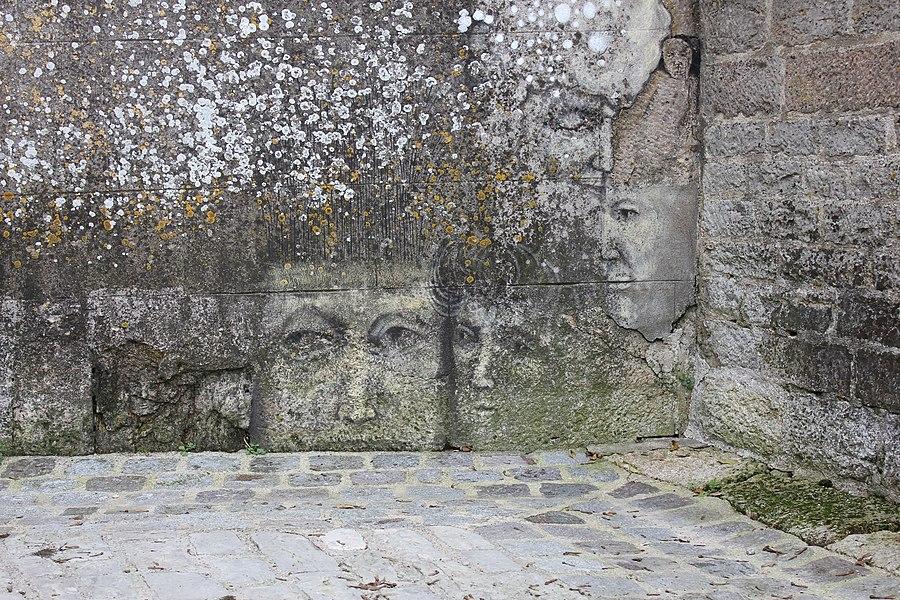 52200 Langres, France