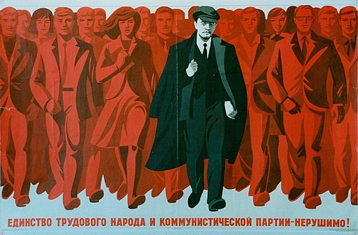 A-propaganda-poster-from-the-Soviet-Union-in-the-1920s-391853265017