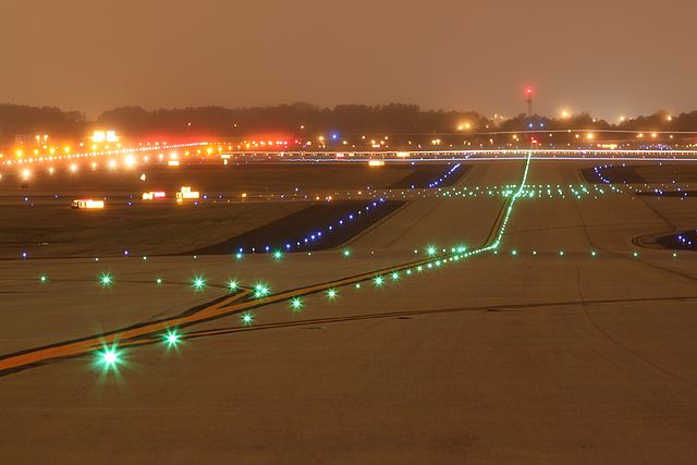 taxiway lights