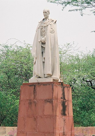 Freeman Freeman-Thomas, 1st Marquess of Willingdon - Statue of Lord Willingdon in Coronation Park, Delhi