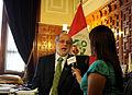 Abugattás en entrevistas con medios de prensa (6774693932).jpg