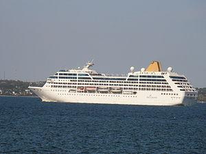 Adonia departing Tallinn 25 May 2012.JPG