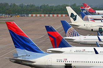 Economy of Manchester - Aircraft at Manchester Airport, the busiest airport outside London