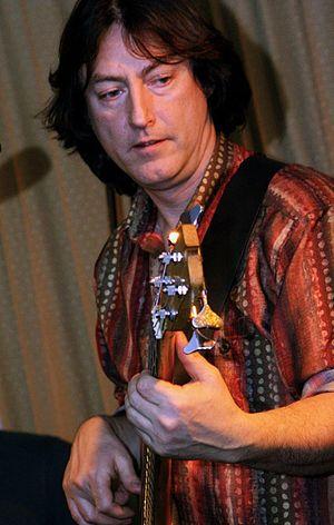 Alan Thomson (musician) - Alan playing live