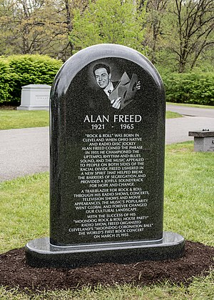 Alan Freed - Freed's gravestone in Cleveland