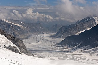 Aletsch Glacier - View downhill, from the top of Jungfraufirn