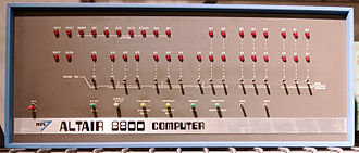 Altair 8800 - Altair 8800 front panel (1st model)