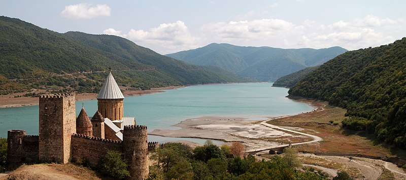 File:Ananuri Monastery.jpg