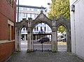 Archway onto Victoria Street - geograph.org.uk - 2713864.jpg