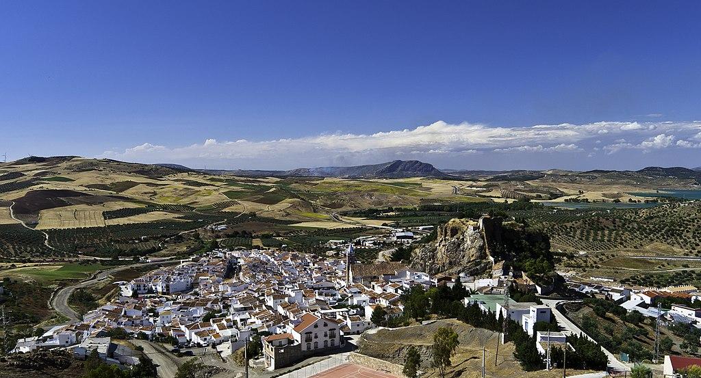 File:Ardales-Calvario.jpg - Wikimedia Commons