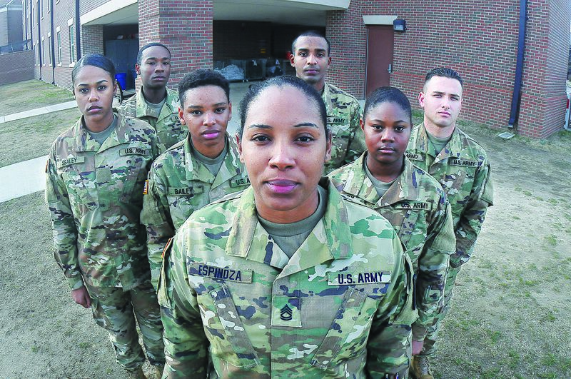 File:Army NCO finds purpose in coaching, mentoring Soldiers 170119-A-US054-040.jpg