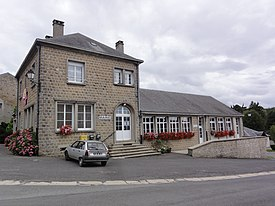 Arreux (Ardennes) mairie.JPG