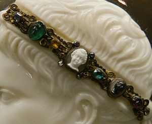 Blacas Cameo - Cameo detail showing the royal diadem.