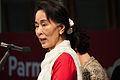 Aung San Suu Kyi 31 ott 13 049.jpg