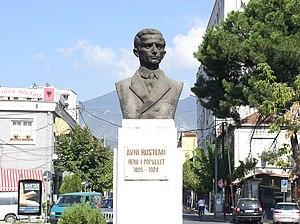 Avni Rrustemi - Avni Rrustemi, monument in Tirana