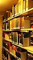 Bücherregale in der Bayerischen Staatsbibliothek 09.jpg