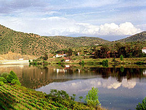 Águeda (river) - The confluence of the Águeda River and Douro as seen from Barca d'Alva