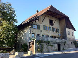 Ins, Switzerland - Image: Bauernhaus Ins (2)